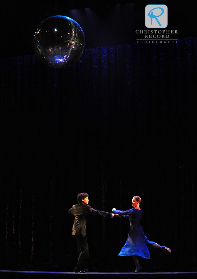 Addul Manzano and Jamie Dee show some ballroom skills