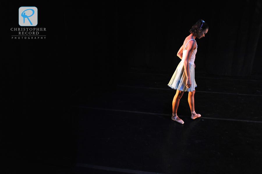 Kara Wilkes prepares to perform in Shindig