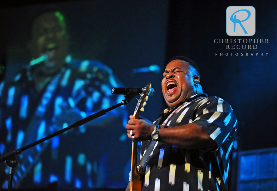 Bluesman Larry McCray at Lake Forest Church