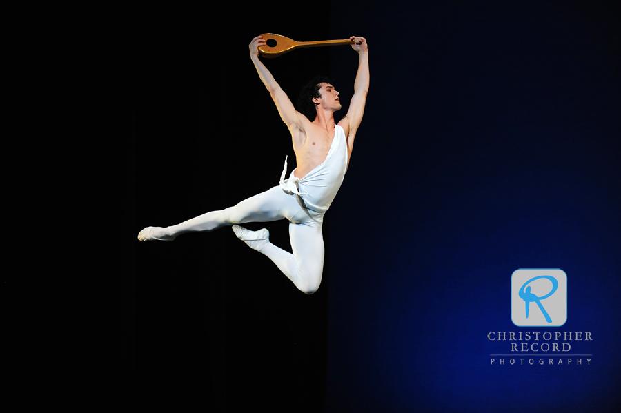 David Ingram soars as Apollo