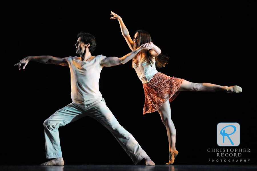 Sasha Janes and Rebecca Carmazzin in Constructing Juliet