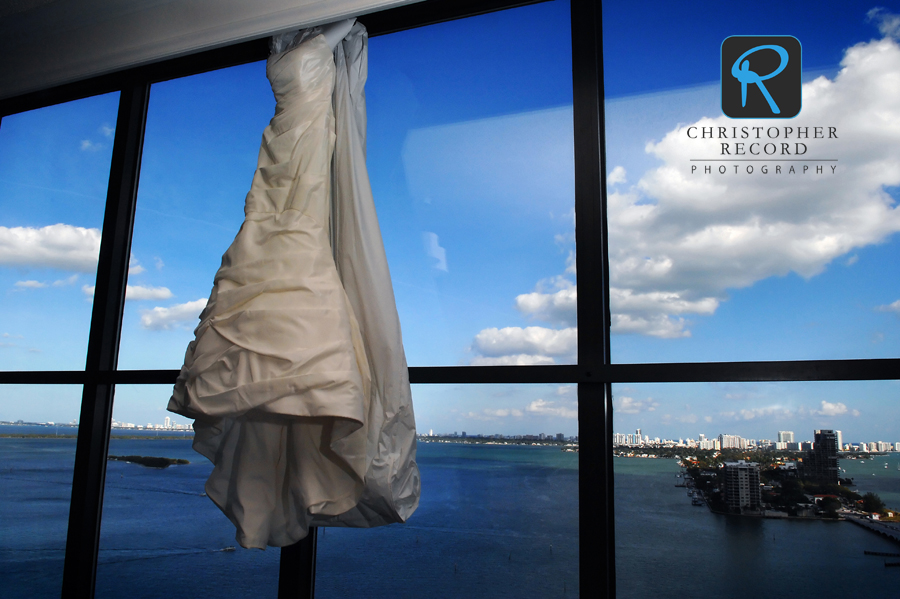 Kristina's dress in the bridal suite of the Miami Marriott Biscayne Bay