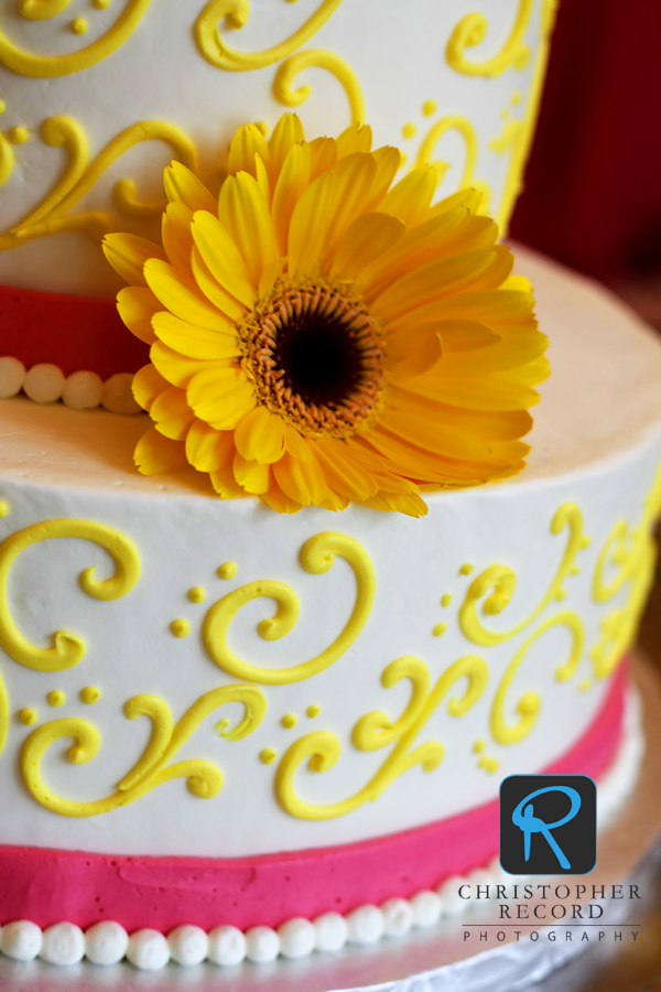 Beautiful spring colors in Adam's detail of the cake from Decadent Designs