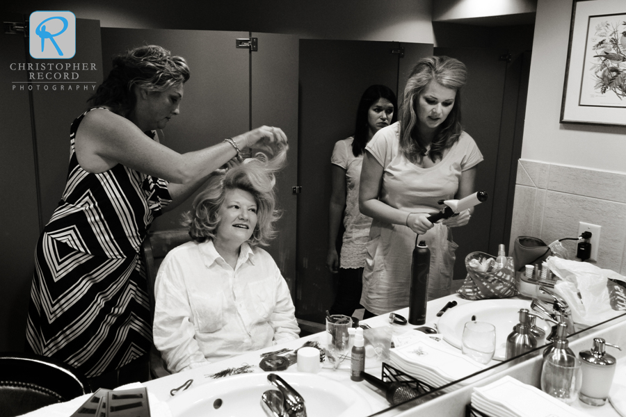 Ellen's mother Sharon gets some help with her hair