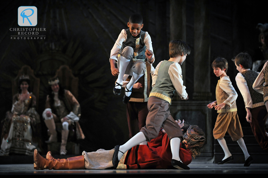 Boys overtake the ogre, played by David Morse, in NCDT's version of Tom Thumb