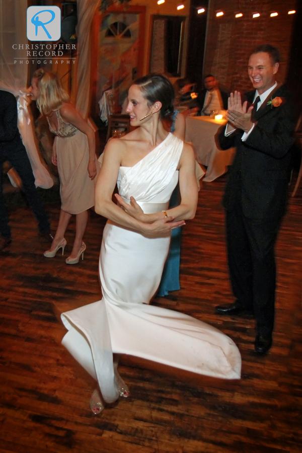 Alessandra briefly went into ballerina mode