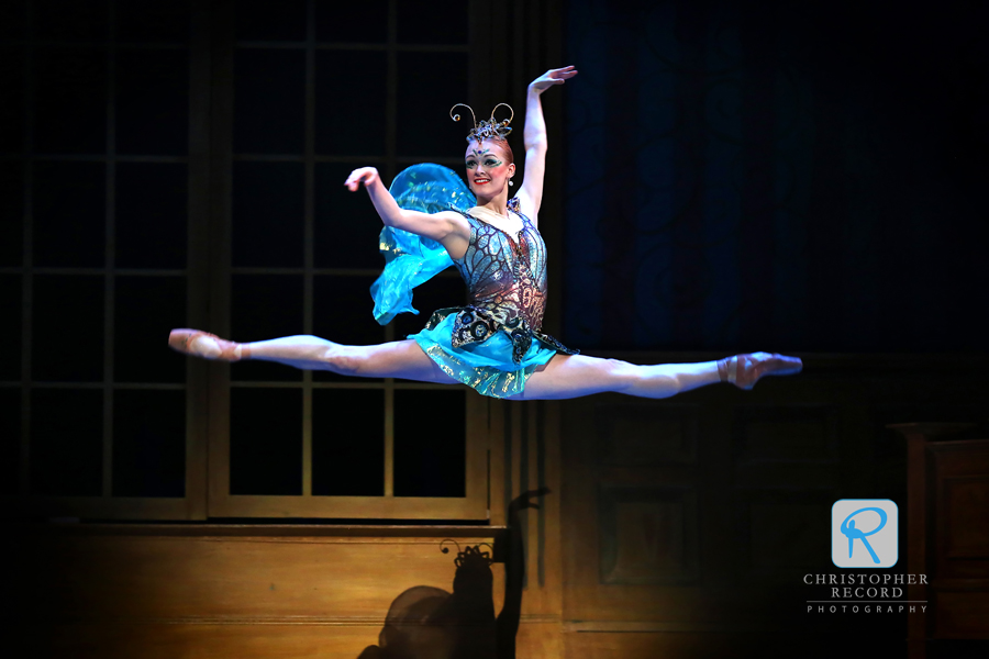 Sarah Hayes Watson soars as Tinker Bell