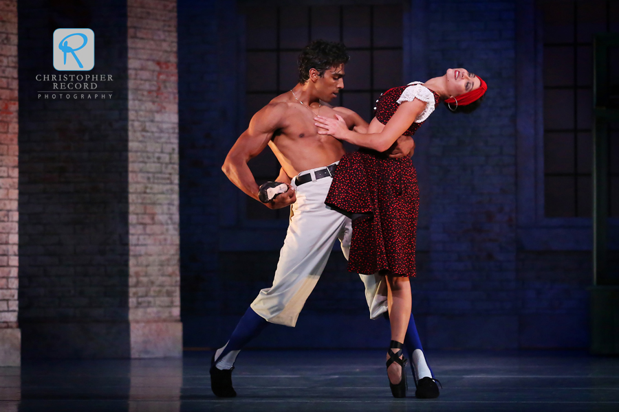Pete Walker and Melissa Anduiza in Carmen