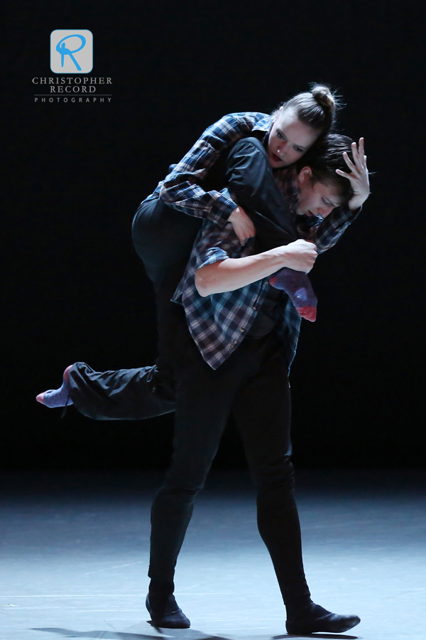 Sarah Lapointe and Ben Ingel in #HATEHURTS, a piece by dancer Sarah Hayes Harkins