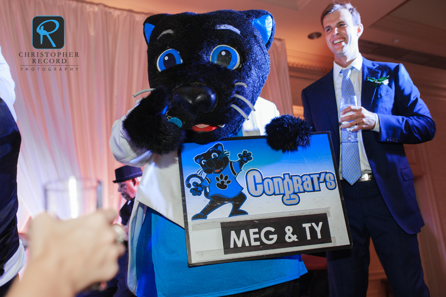 You know it's a party when Sir Purr shows up